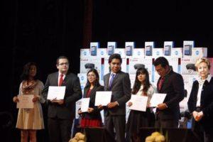 Beneficiados estudiantes de excelencia de licenciatura, maestría y doctorado de 46 ciudades del país.