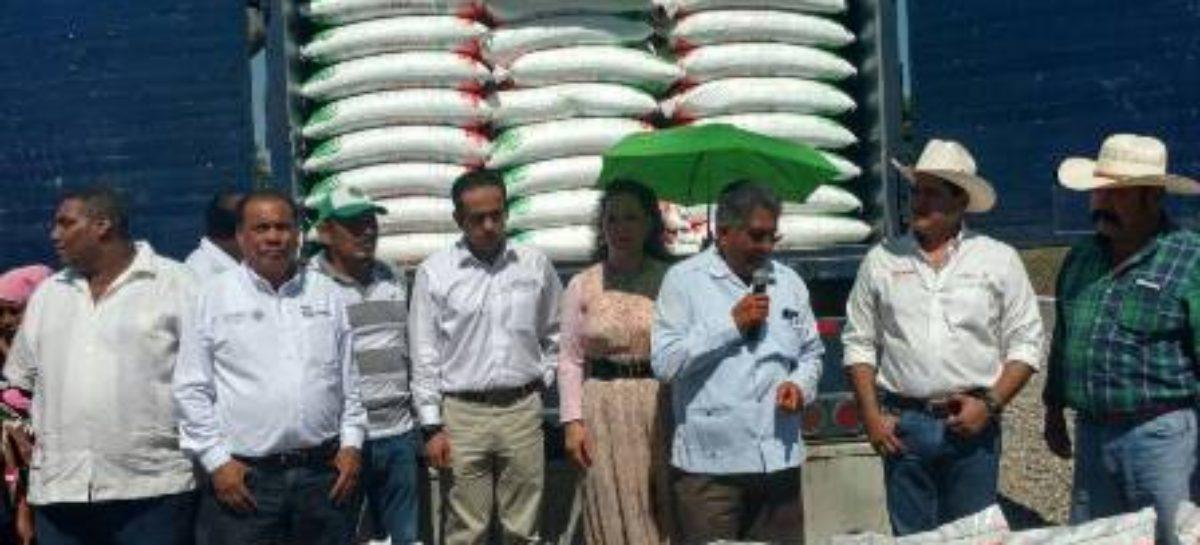 Atestigua SAGARPA banderazo de salida de maíces criollos para el mercado de exportación