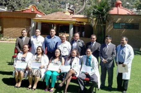 Entrega Delegación del IMSS-Oaxaca reconocimientos por desempeño médico