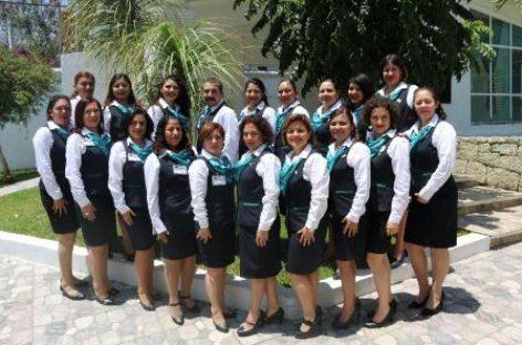 Reconoce IMSS Oaxaca trabajo de técnicas en atención y orientación al derechohabiente