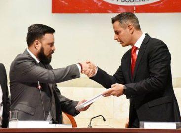 Recibe Legislativo Primer Informe de Gobierno de Alejandro Murat