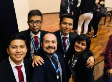 Subcampeón internacional, equipo de litigación oral de la Universidad Anáhuac Oaxaca