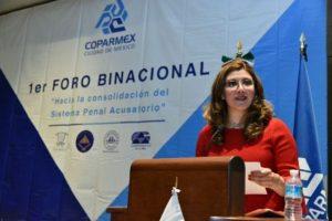 """Diana Cristal González Obregón, presentó la ponencia """"Retos y desafíos del Primer respondiente""""."""