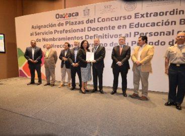 Asigna Gobierno de Oaxaca plazas de nuevo ingreso a docentes idóneos