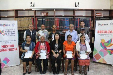 Fortalece SECULTA expresiones culturales identitarias en las ocho regiones de Oaxaca