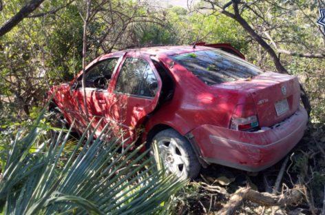 Atienden reporte de presuntos asaltantes que operaban en la región Mixteca; un muerto