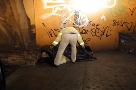 """Realiza CEPCO operativo """"Cobijando las calles"""" en apoyo a personas sin hogar"""