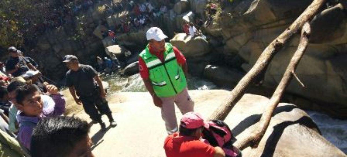 Mantiene CEPCO búsqueda de joven desaparecido en Ixtayutla, Oaxaca