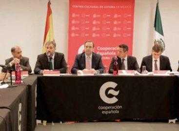 Acuerdan gobiernos de Oaxaca y España electrificar mil viviendas en el Estado