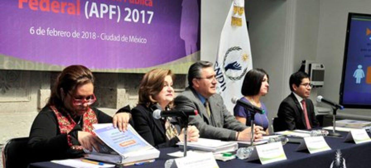 Marginal participación de la mujer en toma de decisiones y poder que definen destino de México