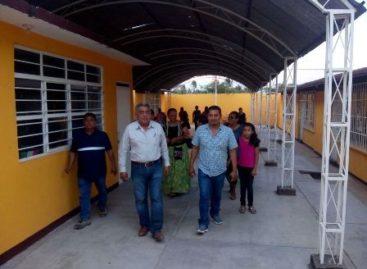 Avanza Gobierno de Oaxaca en reconstrucción de espacios educativos en Juchitán