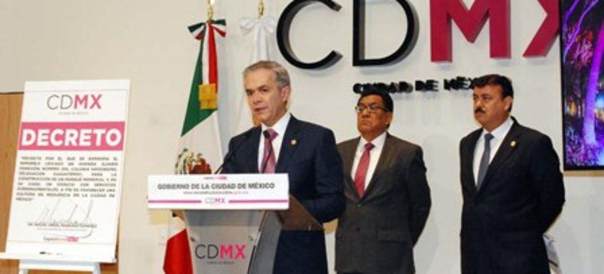 Firma jefe de Gobierno CDMX decreto expropiatorio de Álvaro Obregón 286