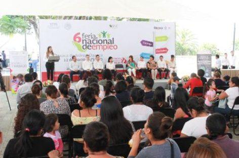 Ofertan 600 vacantes en la Feria Nacional de Empleo en Oaxaca