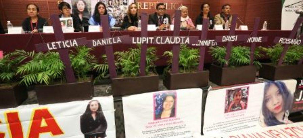 Exigen familiares de víctimas declarar feminicidio como emergencia nacional y activar Alerta de Género
