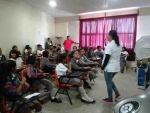 Benefician a cerca de 60 jóvenes con talleres y conferencias.