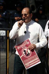 El diplomático tendrá como invitado de honor a Alejandro Solalinde Guerra, sacerdote católico.