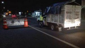 Las unidades de motor quedaron bajo resguardo de la Policía Vial Estatal.