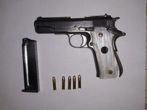 Por portación de armas