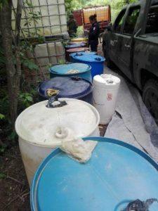 Una persona fue detenida cuando cuidaba el hidrocarburo.