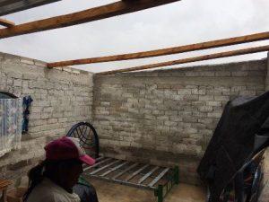 En las orillas del municipio se desprendieron techumbres en algunas viviendas.