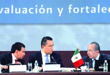 Felipe Calderón con gobernadores