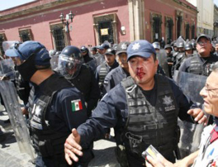 Gobierno estatal se niega a destituir a Irma Piñeyro