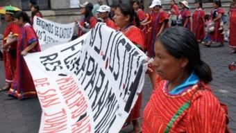Anuncian desplazados Triquis el ingreso por diálogo de 10 mujeres a San Juan Copala