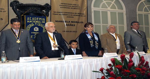 Ingresa titular de la PGR, Marisela Morales, a la Academia Nacional de Historia y Geografía