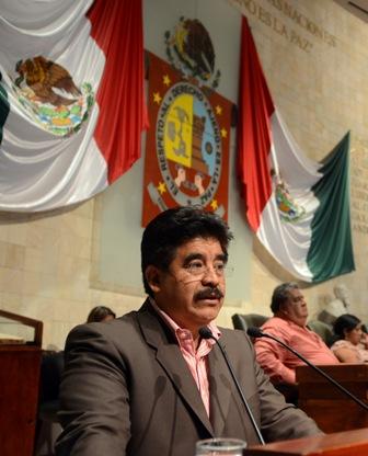 Pide diputado Vargas a Ejecutivo de Oaxaca convoque a elección de magistrado