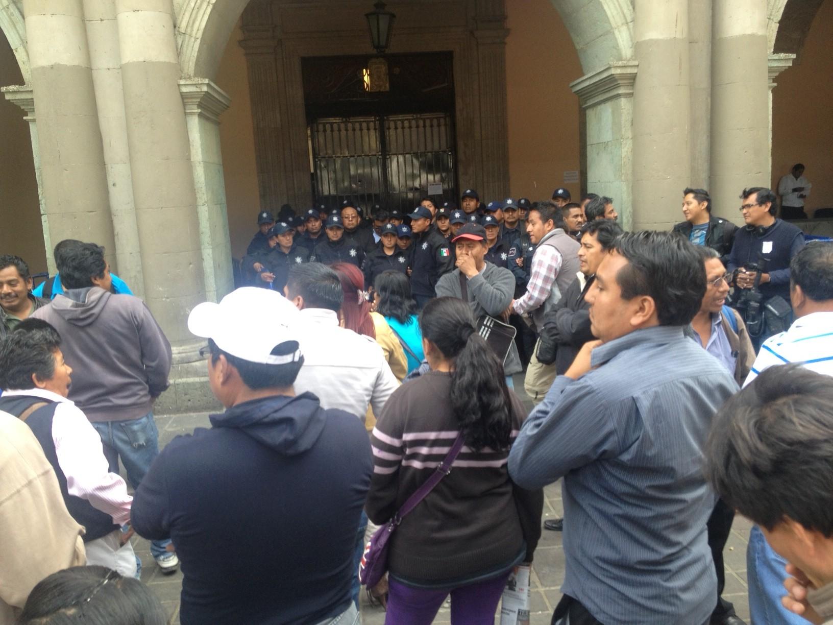 Rechazan presencia de Rosario Robles a Oaxaca; advierte la 22 que ningún funcionario del gobierno de Peña Nieto es bienvenido a Oaxaca