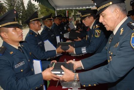 Culminan curso 179 elementos de la Escuela Militar de Materiales de Guerra