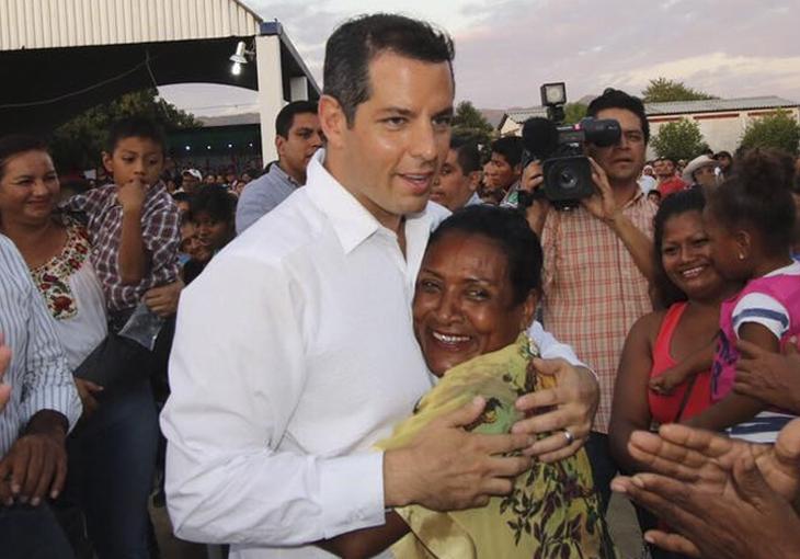 CEN del PRI anuncia a Alejandro Murat candidato del PRI a la gubernatura de Oaxaca