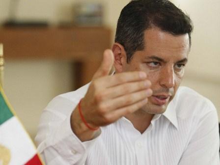 Encabeza gobernador de Oaxaca mesas de atención con el magisterio