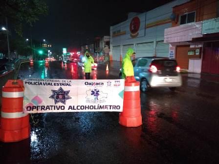 Arrestados 13 conductores durante Operativo Alcoholímetro en Oaxaca