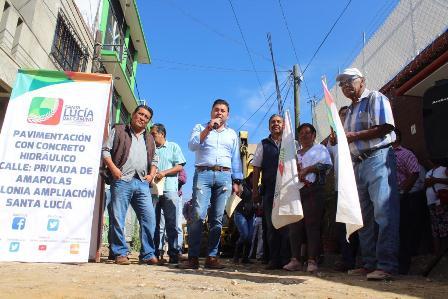Con una inversión cercana a los cuatro mdp inician obras de pavimentación y drenaje