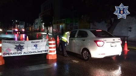 Aplica Operativo Alcoholímetro 60 pruebas a conductores; 37 arrestados