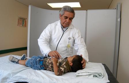 Siete de cada 100 menores padecen malos hábitos de sueño: IMSS