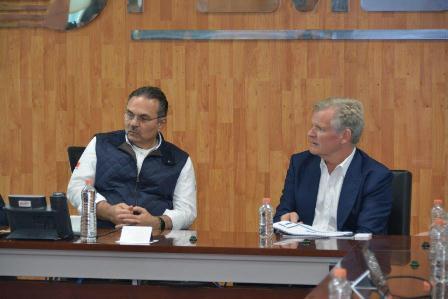 Sostiene reunión el director General de Pemex con inversionistas noruegos