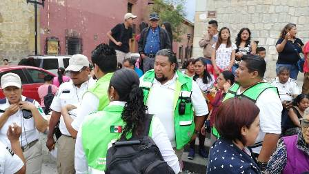 Atendió CEPCO a lesionados por explosión de cohetes en el Centro Histórico de Oaxaca