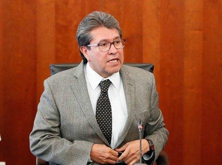 Respaldan senadores de Morena sustitución del titular de Hacienda: Monreal Ávila