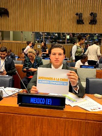 En la ONU, exige senador Samuel García comparecencia de secretaria de Bienestar