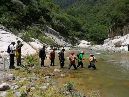 Ejecutan Plan de Búsqueda para localizar a masculino reportado como No Localizado, en la Sierra Norte