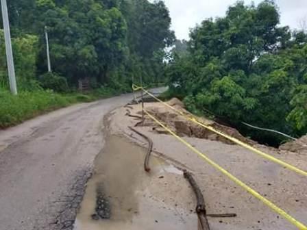 Se mantiene CEPCO en operativo por lluvias; Se presentan deslaves en carreteras