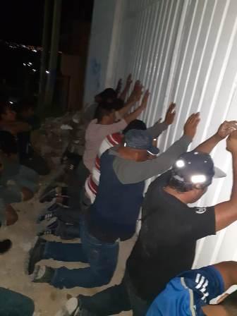 Desmantelan banda de robo a autotransporte; 12 personas detenidas: Fiscalía