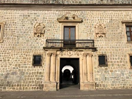 Detiene Policía Municipal de Oaxaca de Juárez a un hombre por maltrato animal