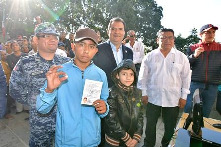 Ante más de dos mil conscriptos de 17 municipios, realizan sorteo de la clase 2001 y remisos