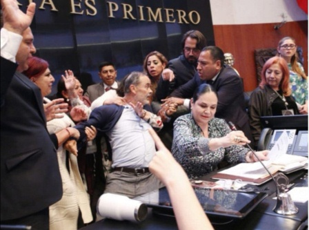 Zafarrancho en el Senado desprestigia a México