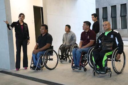 Parte equipo oaxaqueño de basquetbol sobre silla de ruedas a Zinacantepec