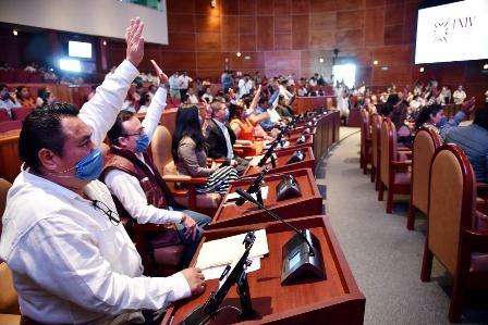 Responsabilidad sanitaria y humanidad derivan en paro parcial del Congreso: Horacio Sosa