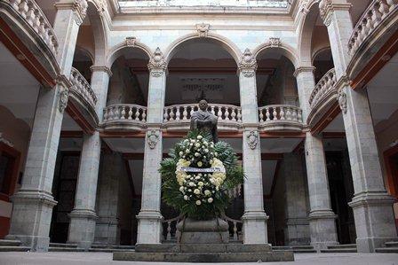 Honra la UABJO el legado de Benito Juárez en su 148 aniversario luctuoso